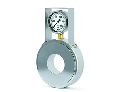 F6148 ring force transducer with analogue output and mounted pressure gauge