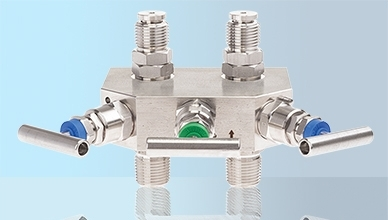 3-valve manifold