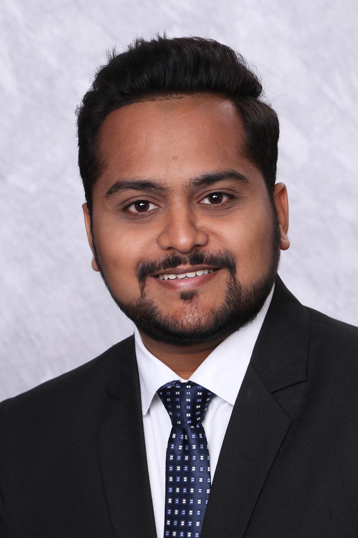 Portrait von Pratik R. Vishwakarma