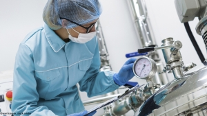Safe pressure monitoring for vaccine production